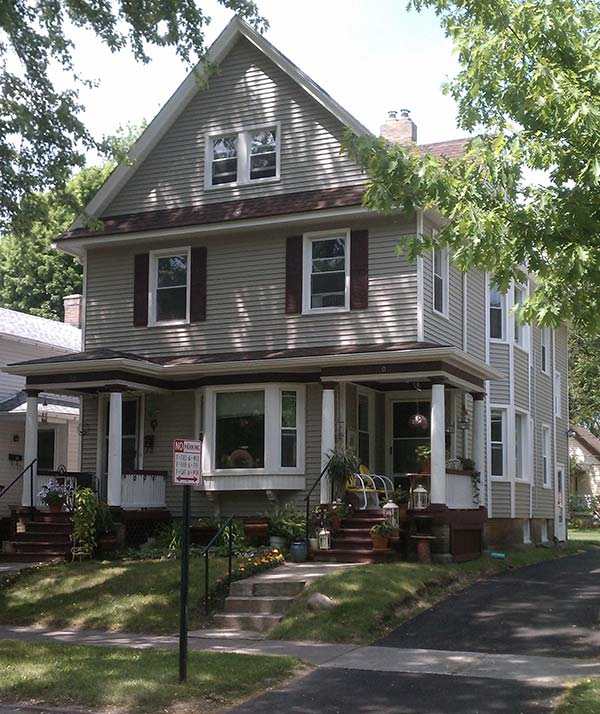 Rochester Apartments For Rent, 14620, 14607, Henry Real